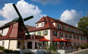 Hotel Restaurant zur Windmühle - Burgoberbach