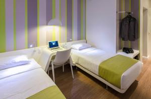 DMax Hotel