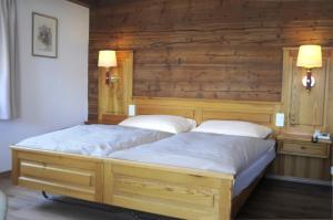 Hotel Alpenblick, Szállodák  Zeneggen - big - 28