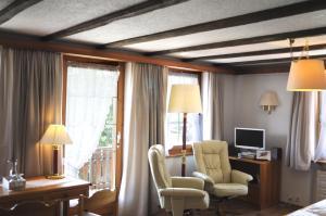 Hotel Alpenblick, Szállodák  Zeneggen - big - 54
