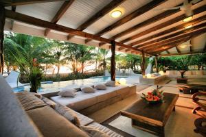 Hotel Tropico Latino, Szállodák  Santa Teresa Beach - big - 9