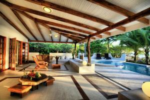 Hotel Tropico Latino, Szállodák  Santa Teresa Beach - big - 20