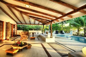 Hotel Tropico Latino, Szállodák  Santa Teresa Beach - big - 18