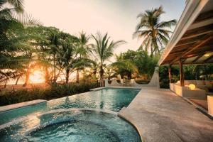 Hotel Tropico Latino, Szállodák  Santa Teresa Beach - big - 15