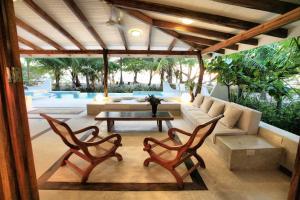 Hotel Tropico Latino, Szállodák  Santa Teresa Beach - big - 12