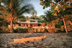 Hotel Tropico Latino, Szállodák  Santa Teresa Beach - big - 10