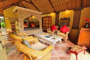 Jendela Di Bali Villa Resort Villa Deals Photos Reviews