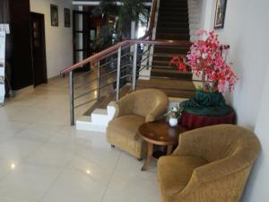 Imperial Hotel, Отели  Kendari - big - 36