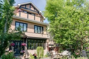 Elevate Rooms Calgary Westways Guest House - Калгари