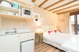 AinB Gothic-Jaume I Apartments, Апартаменты  Барселона - big - 90
