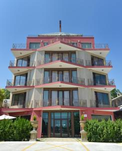 Ellinis Hotel, Варна