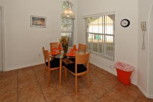Flexible Pay Vacation Homes, Nyaralók  Kissimmee - big - 48