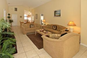 Flexible Pay Vacation Homes, Dovolenkové domy  Kissimmee - big - 54