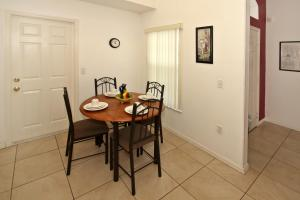 Flexible Pay Vacation Homes, Dovolenkové domy  Kissimmee - big - 109