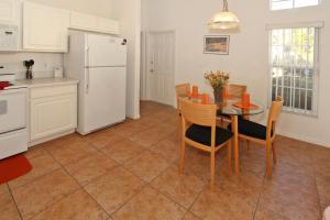 Flexible Pay Vacation Homes, Nyaralók  Kissimmee - big - 152