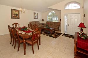 Flexible Pay Vacation Homes, Dovolenkové domy  Kissimmee - big - 15