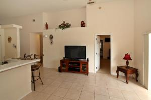 Flexible Pay Vacation Homes, Dovolenkové domy  Kissimmee - big - 16