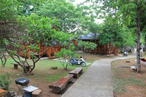 Sichang My home - Ban Tha Phanu Rangsi