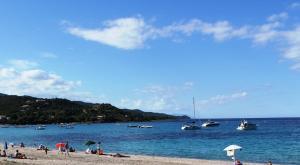 Location gîte, chambres d'hotes Playa del Oro dans le département Corse du Sud 2a