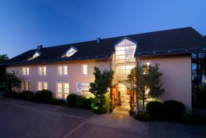 Westside Hotel garni - Karlsfeld