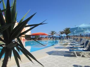 Hostels e Albergues - Ninos On The Beach Hotel