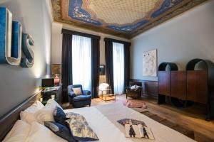 Soprarno Suites - AbcAlberghi.com