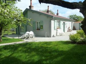 Location gîte, chambres d'hotes Gite Les Charmettes et Spa dans le département Doubs 25