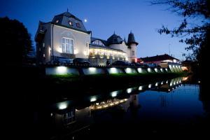 Отель Золотой Павлин, Берегово