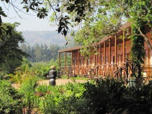 Mvubu Falls Lodge