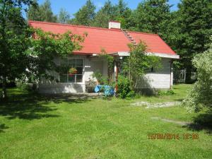 Merellinen Kalda Talu Holiday Farm, Penzióny  Sutu - big - 35