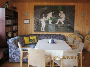 Merellinen Kalda Talu Holiday Farm, Penzióny  Sutu - big - 36