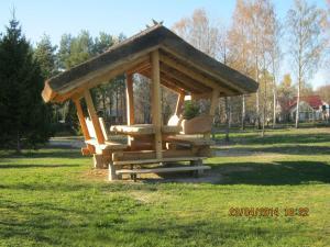 Merellinen Kalda Talu Holiday Farm, Penzióny  Sutu - big - 39