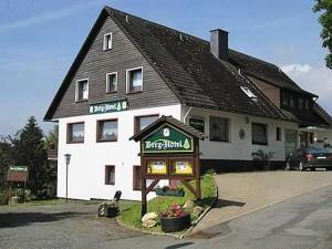 Berg-Hotel Hohegeiß - Benneckenstein