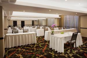 Delta Hotels by Marriott Toronto East, Hotely  Toronto - big - 24