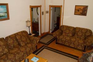 Historic Hill Inn, Bed and breakfasts  Newport - big - 11