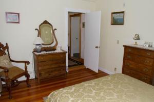 Historic Hill Inn, Bed and breakfasts  Newport - big - 18