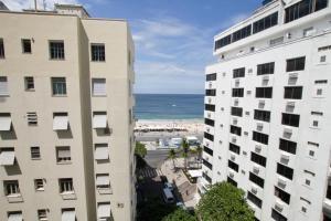 Apartments Almirante Goncalves