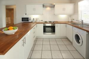 The Potting Shed Self Catering, Apartmány  Hermanus - big - 20