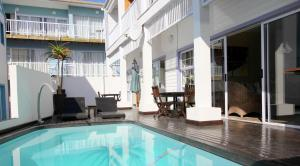 1 Point Village Guesthouse & Holiday Cottages, Apartmanok  Mossel Bay - big - 95