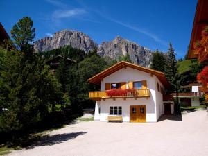 La Pineta - Apartment - Colfosco