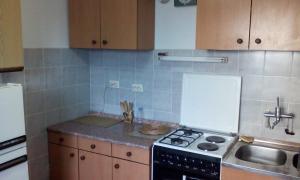 Guest House Kliment, Apartmanok  Pestani - big - 7