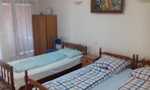 Guest House Kliment, Apartments  Peštani - big - 8