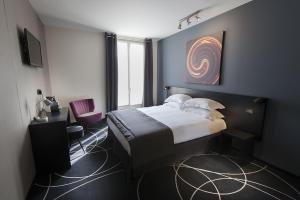 Location gîte, chambres d'hotes Helussi Hôtel dans le département Paris 75