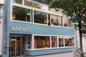 emblème de l'établissement Hotel Marta