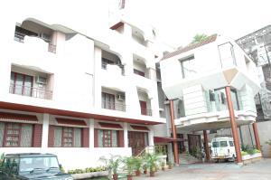 Auberges de jeunesse - Hotel Gnanam