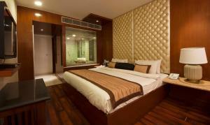 Hotel Aura, Отели  Нью-Дели - big - 46