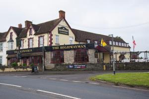 The Highwayman Inn – RelaxInnz - Pilton