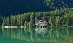 Hotel Seehaus Mountain Lake Resort