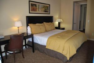 Three-Bedroom Upstairs Villa Unit 358 by Reynen Luxury Homes, Apartments  La Quinta - big - 8