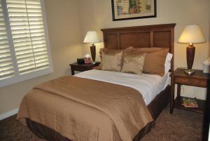 Three-Bedroom Upstairs Villa Unit 358 by Reynen Luxury Homes, Apartments  La Quinta - big - 7